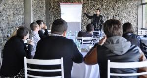 Anderson Gomes apresenta aos associados o projeto de mentoria