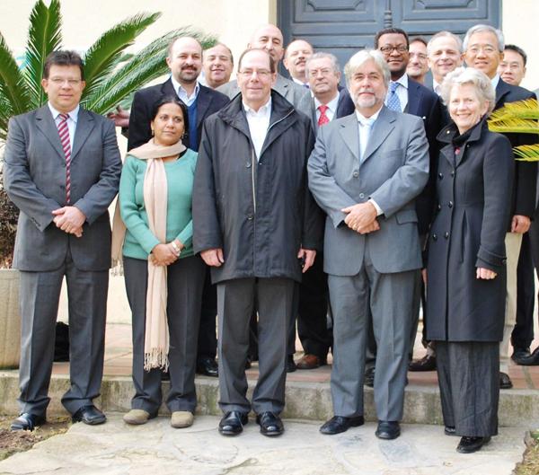 José Eduardo Fiates (primeiro à esquerda) e comitiva do IASP