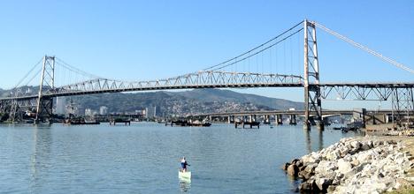 Ponte Hercílio Luz. Crédito: Rodrigo Lóssio