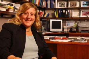 Karen Gleason, reitora do Massachussetts Institute of Technology, abre a programação, na quarta (13)