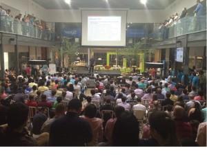 Mais de 600 pessoas participaram do último Meetup do StartupSC, que apresentou as aceleradas do Darwin Starter / Foto: Divulgação/Dialetto