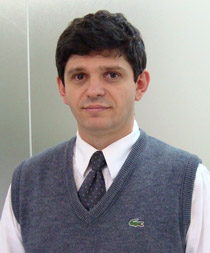 Tecnologias e políticas para ampliar a banda larga de internet no Brasil
