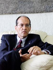 Reitor da UFSC assume secretaria do Ministério de Ciência, Tecnologia e Inovação